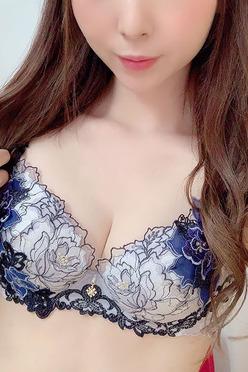 西山 るみ(22)