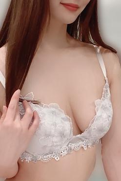 磯山 さゆみ(27)