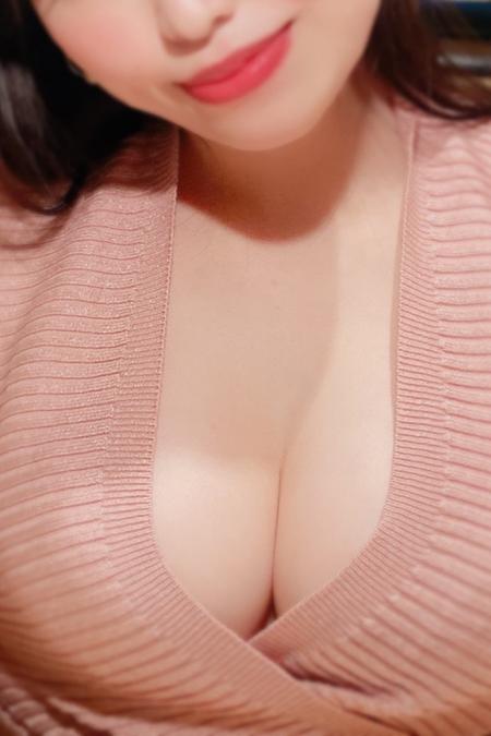 月島 奈緒(21)