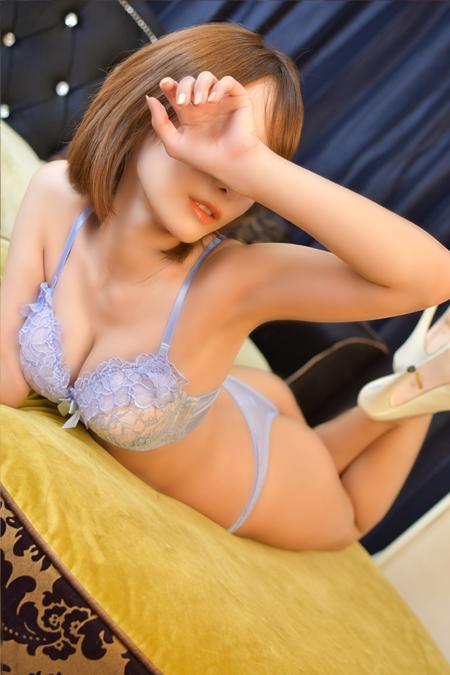 杏 りかこ(25)