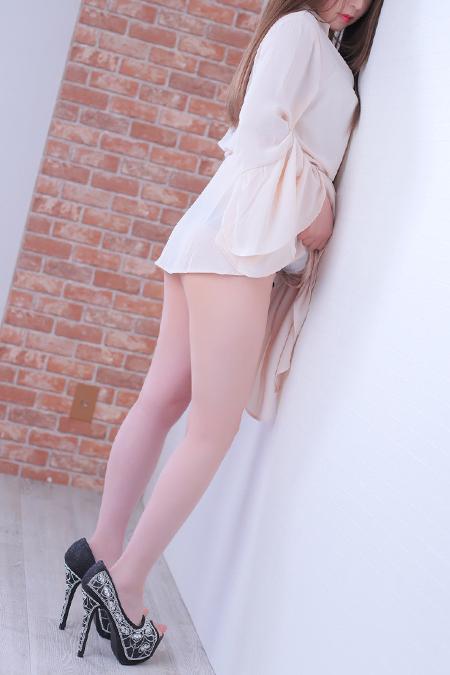 高嶋香帆(29)