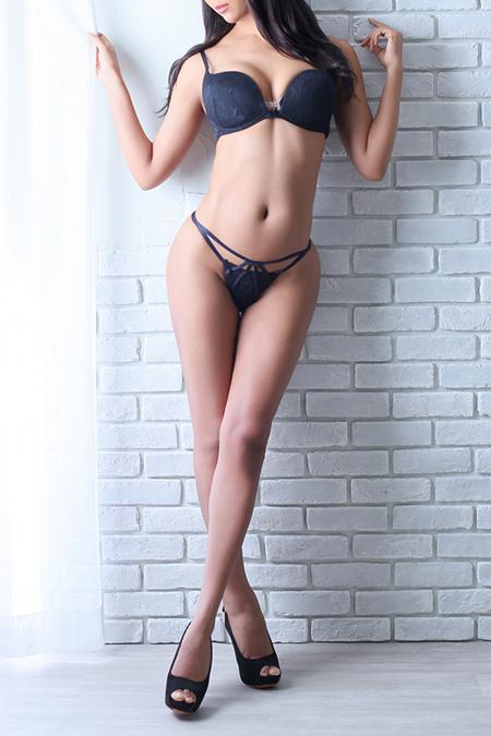 滝沢ジェシカ(25)