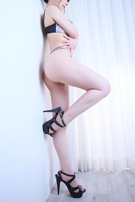 中村えりか(25)