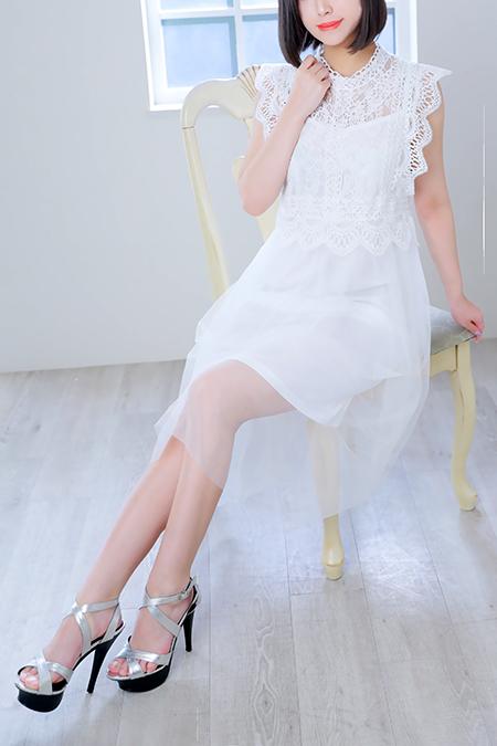 雪乃めい(20)